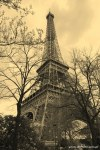 Travel-Photography-France-Paris-in-black-and-white-sepia-Gallery-Pictures-10.jpg